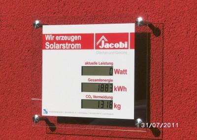 Installation Leistungsanzeige Solartechnik